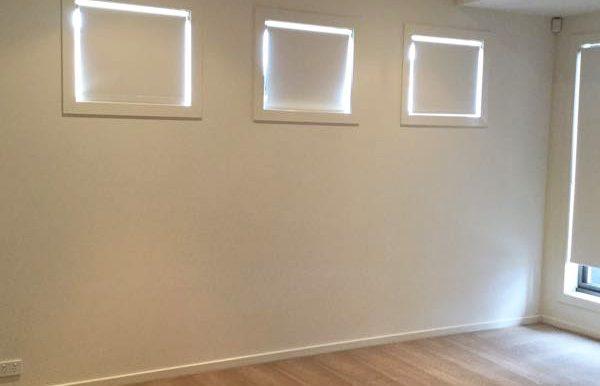 Lounge room - Walls (2)